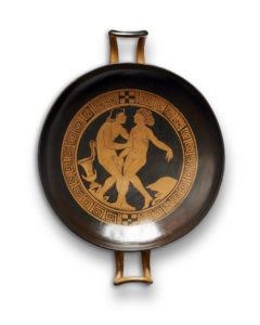 An Etruscan red-figure kylix of type A attributed to the Foro-Group